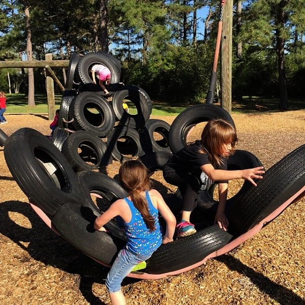 5 Fun Family Outings for Free in Your Community playground