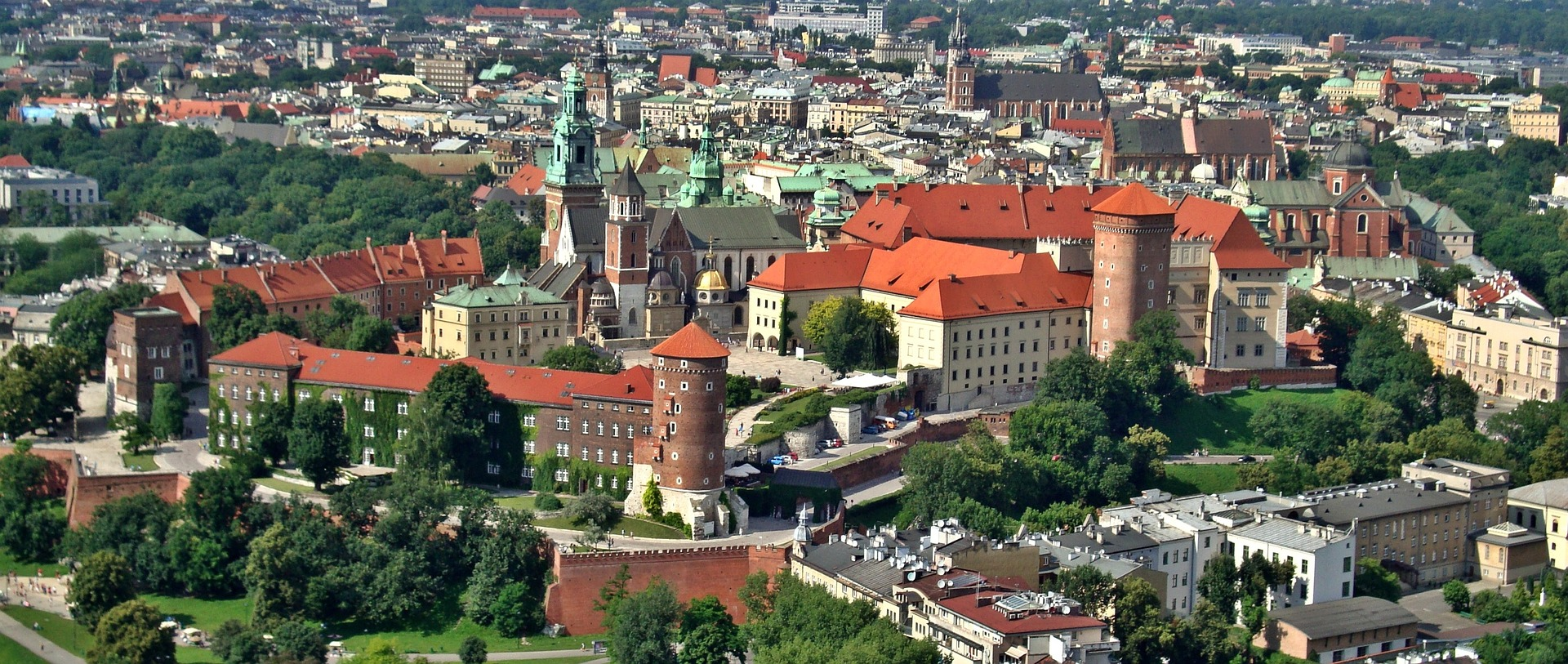 Krakow Travel Guide - 3 Most Compelling Reasons to Visit This City