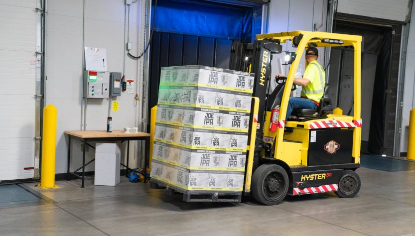 5 Industries That Need Electric Forklifts
