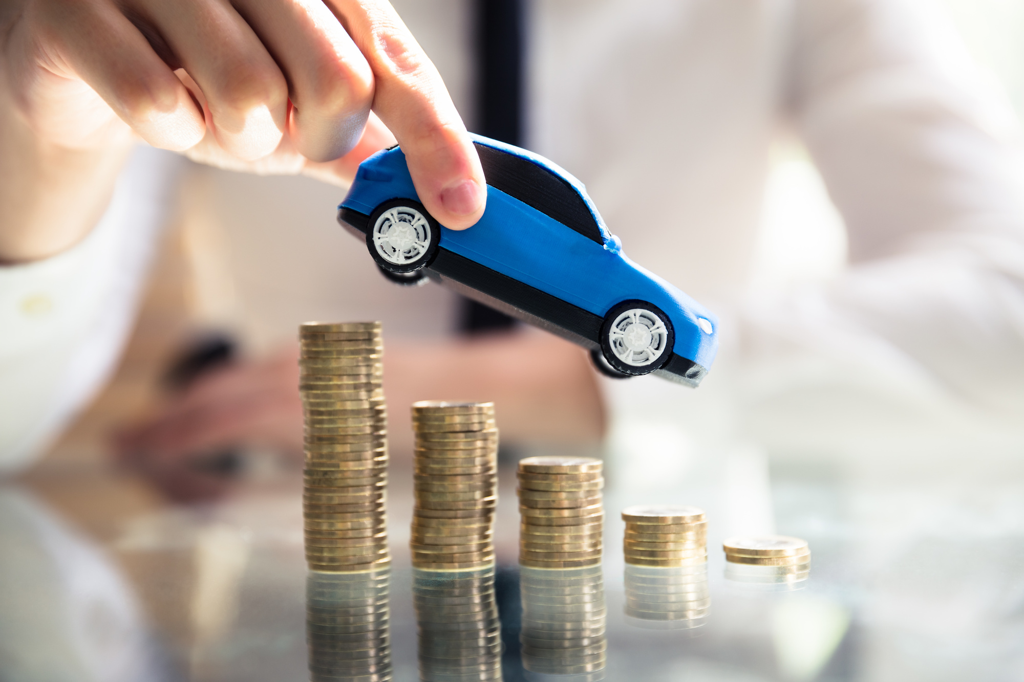 10 Brilliant Tips on How to Save Money on Car Insurance