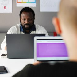 7 Ways to Save Money on Startup Office Space