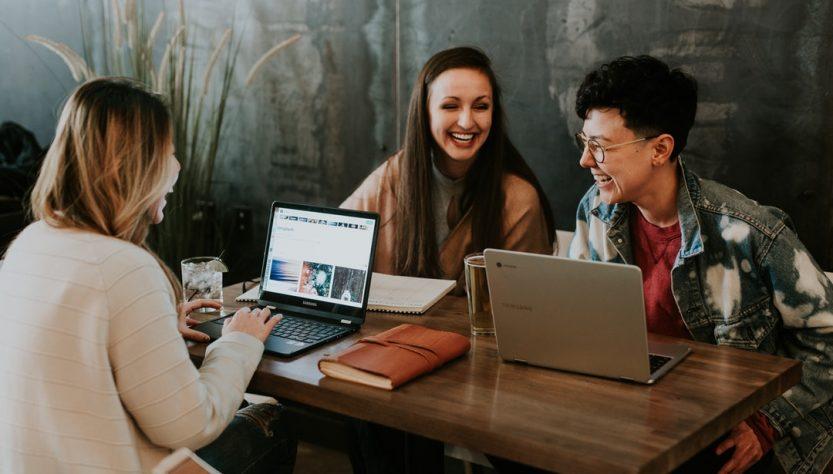10 Major Benefits Of Social Media For Students In 2019