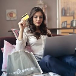 Credit Card Debt Consolidation to Get Out of the Financial Mess