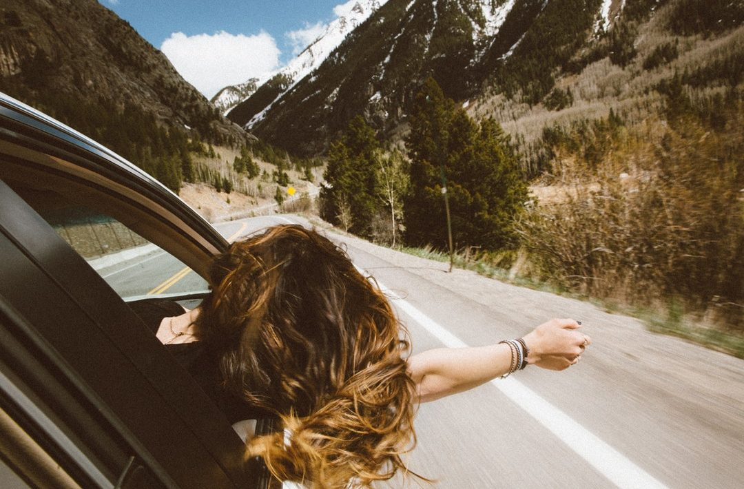15 Key Road Trip Essentials When Traveling Cross Country