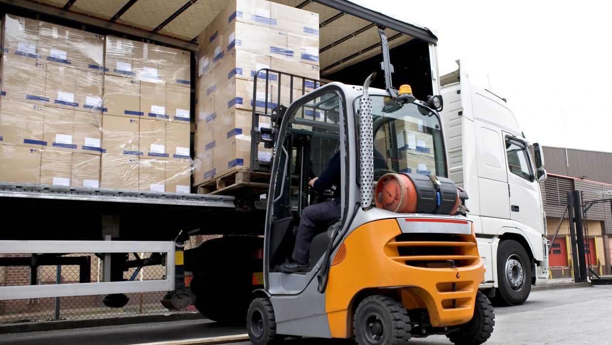 Safety First: 5 Benefits of Completing Your Forklift Certification