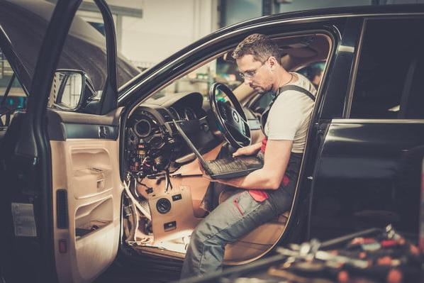 12 Tips and Tricks That Always Work to Sell Your Junk Car