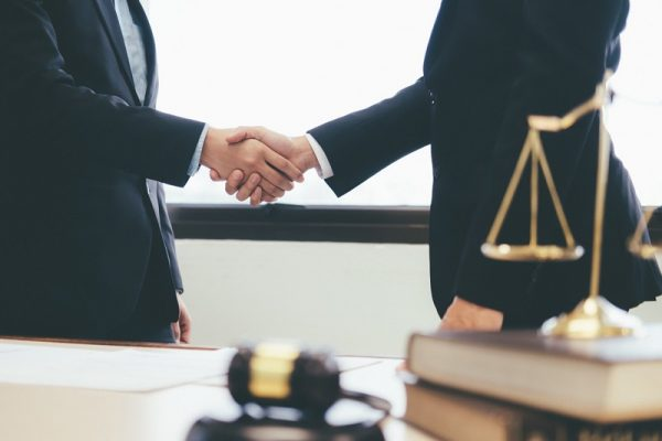 tips on hiring lawyer