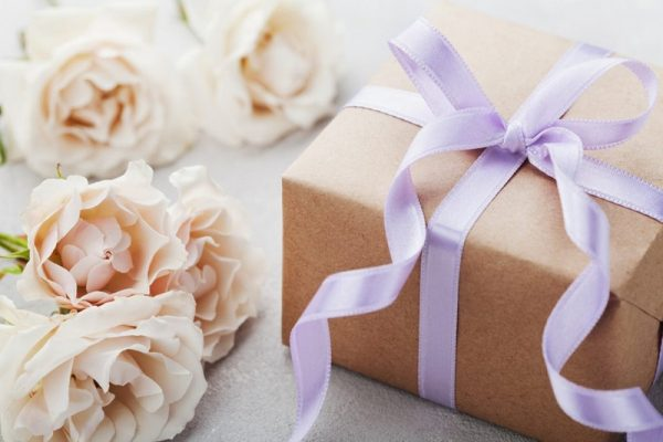 gift ideas for wedding couple