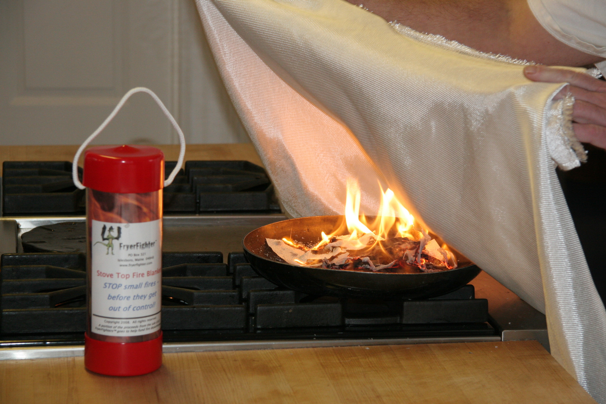 Fire Blanket Effectively